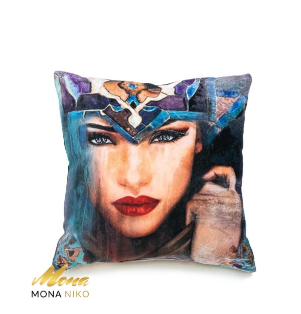 "Cushion ""SUPER WOMAN"""