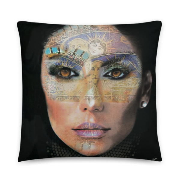 "Cushion ""Woman Life"""